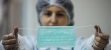 Медики: Чтобы не заболеть гриппом, прикрывайте рот салфеткой или локтем