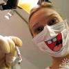 Медики меняют маски по времени и цвету